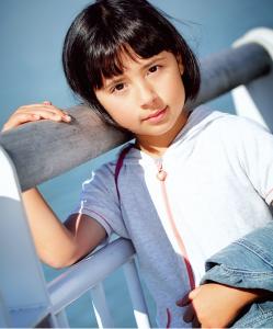 little-girl-on-brochure